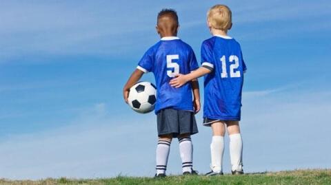 bambini scuola calcio